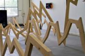 """Benjamin Ottoz. """"Le cours de l'expérience"""", bois, installation, dimensions varia"""